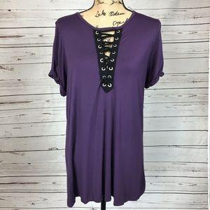 Torrid 1 purple lace up T-shirt top size 1X